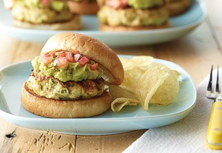 super-grilled-chicken-sliders-with-guacamole
